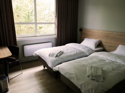 Family Special - Two Rooms, Four Beds at Rondeslottet Hotell